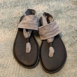 Sanuk Grey Fabric Strap Yoga Sandals